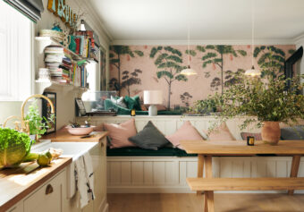 Photographing Zoe Ball's beautiful deVOL Kitchen in Ditchling