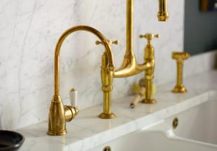 deVOL Aged Brass 'Parthian' Mini Instant Hot Tap (with Heating System) photo 2 thumbnail