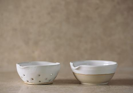 Set of Mini Colander & Pouring Bowl