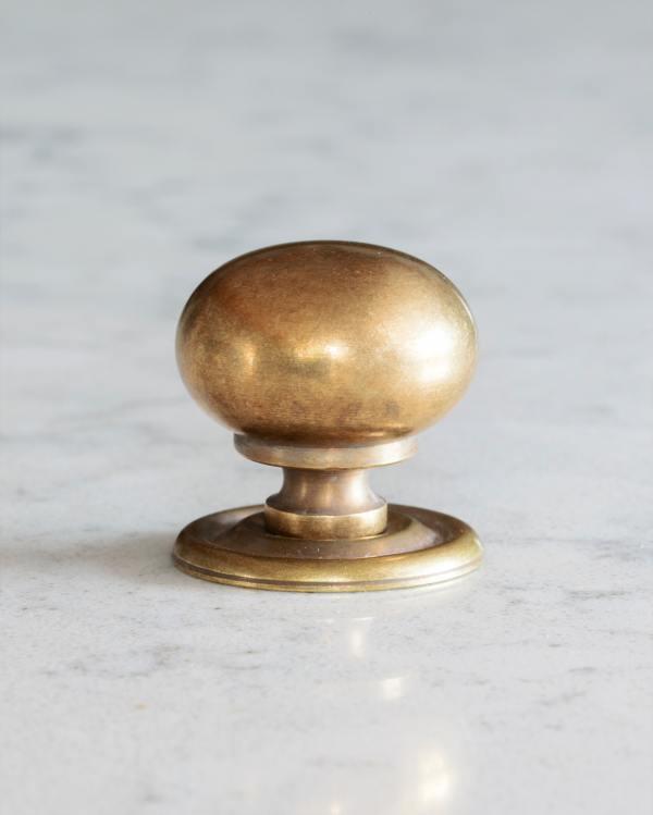 Bella Brass Classic Knob